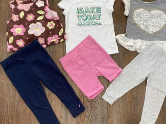 Baby Girl Clothes 18-Months Good Condition 6-pieces for Sale in Byron,  CA