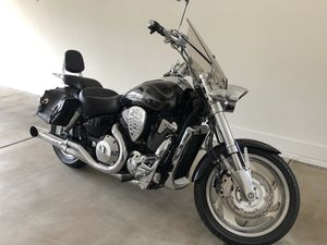 2005 VTX1800cc Honda Motorcycle for Sale in Gilbert, AZ