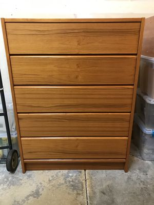 Beautiful wood chest of drawers dresser for Sale in Maple Valley, WA