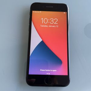 Apple Black iPhone 8 64GB - UNLOCKED for Sale in Washington, DC