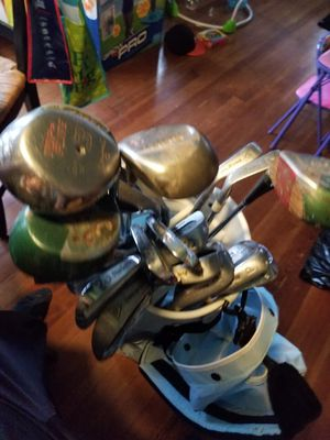 Golf clubs and bag for Sale in Austin, TX