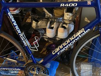 Cannondale are 400 Special Edition St./road bike 60cm frame for Sale in Long Beach, CA