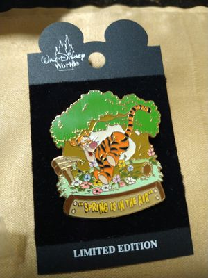 New Disney World Limited Edition Springtime is in the Air Tigger Pin for Sale in Orlando, FL