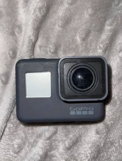 Go Pro Hero 5 Included With Accesories Made by Go Pro for Sale in Pittsburgh,  PA