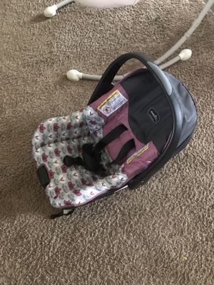 Baby car seat for sale for Sale in Piedmont, SC