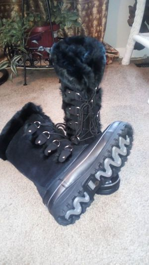 Khombu Black Boots for Sale in Columbus, OH