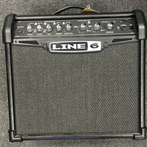 Line 6 Spider IV 15 15W 1x8 Guitar Combo Amp for Sale in Westerville, OH
