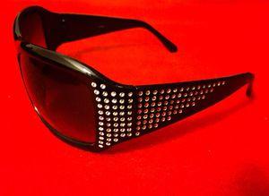 Brand new! Shiny Rhinestone Sunglasses for Sale in Las Vegas, NV