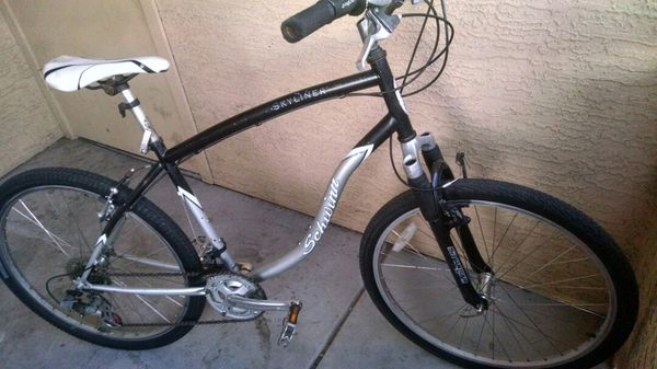18c6dd01699 26 inch Schwinn skyliner hybrid bicycle for Sale in Tempe, AZ - OfferUp