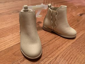 Size 5 Boots - Brand New for Sale in Stephens City, VA