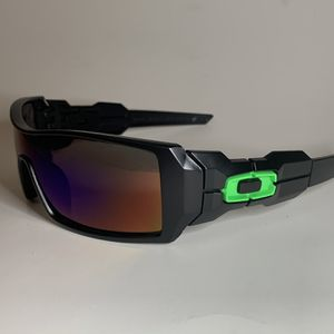 Brand new MENS sunglasses Oakley OILRIG style Pick up Lake Forest Mon-fri 8am-3pm for Sale in Lake Forest, CA