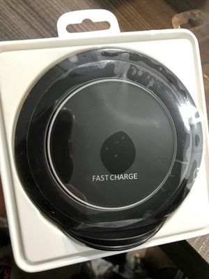 Brand new fast wireless charger with stand for android iphone xperia or any wireless charging capable phone for Sale in Davie, FL