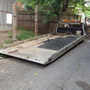 Rollback (bed) 17' for Sale in Pittsburgh, PA
