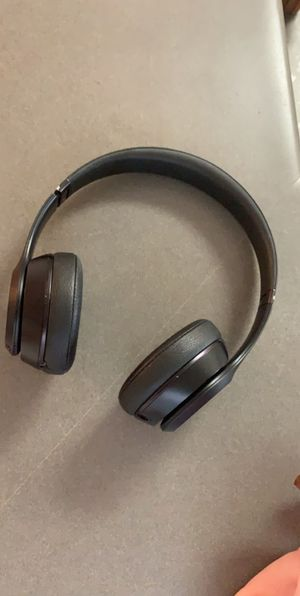 Dre beats headphones! Barely used for Sale in Los Angeles, CA