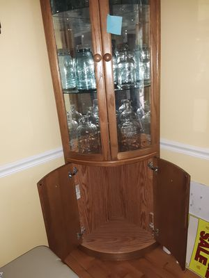 Corner shelf cabinet for Sale in Fuquay-Varina, NC
