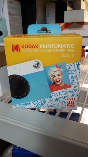 KODAK PRINTOMATIC DIGITAL INSTANT CAMERA for Sale in Ravenswood, WV