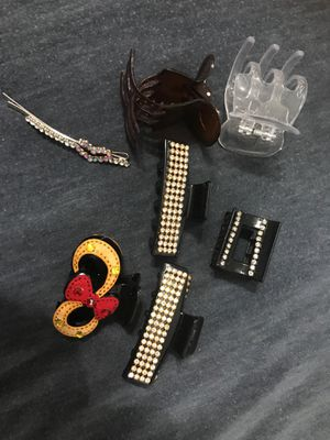 Hair clips all new for Sale in Pomona, CA