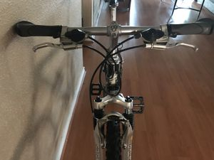 Gt mountain bike for Sale in Richmond, TX