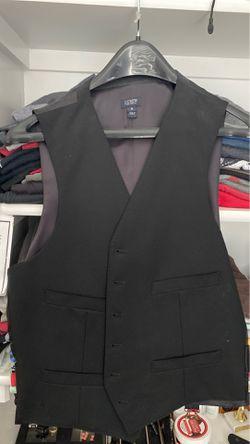 Suit vest. Black for Sale in Alexandria,  VA