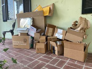 FREE BOXES / Packing Paper / padded envelopes / for Sale in Los Angeles, CA