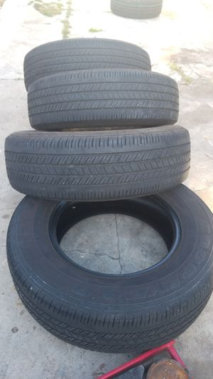 Tires 215-70-15 Goodyear for Sale in San Diego, CA