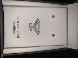 Diamond earrings for Sale in Bakersfield, CA