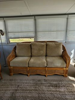 Wicker couch for Sale in Pittsburgh,  PA