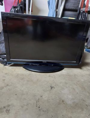 """36"""" Toshiba TV ( Pick Up Only!!) for Sale in Woodlake, CA"""