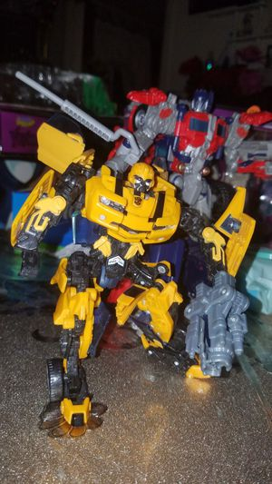Transformer bumble bee and Optimus prime for Sale in Oakland, CA
