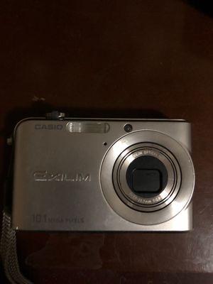 Casio Exilim digital camera 10.1 MP for Sale in Denver, CO