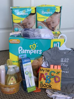 Baby Newborn Essentials: Diapers, Clothes, Bottle, Bath, Book for Sale in Fort Worth, TX