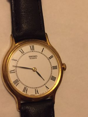 Seiko V700-6091 quartz ladies watch. Case size 25mm, lug width 13mm. Japanese made. Local pickup only. I don't deliver for Sale in Queens, NY