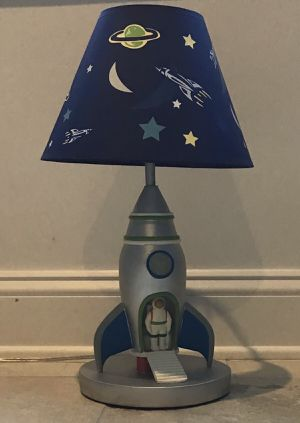 ASTRONAUT IN ROCKET-SHIP LAMP for Sale in Parlin, NJ