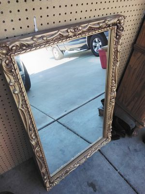 Vintage mirror for Sale in Wildomar, CA