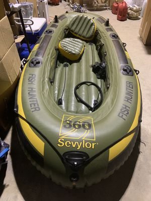Fishing inflatable boat raft for Sale in Miami, FL