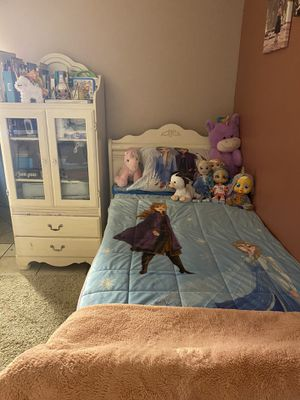 Twin bed set for Sale in Riverside, CA