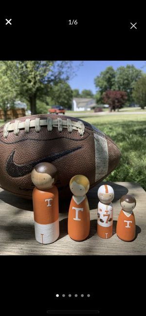 Wooden Peg Dolls // Tennessee Vols Family // Eco-Friendly // Kids Toys for Sale in McDonald, TN