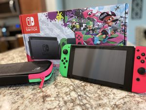 Nintendo switch (limited edition splatoon bundle) for Sale in Taylor, TX