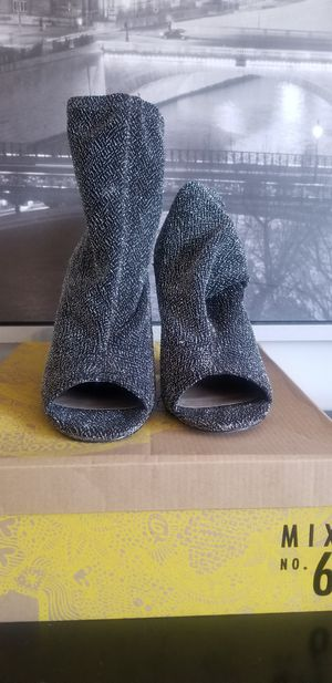 Cute Booties SIZE 8.5 for Sale in Washington, DC