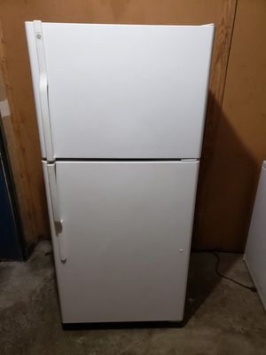 "General Electric refrigerator (Size 30"" w by 31""d by 66""h (can deliver for free_ for Sale in Tacoma, WA"