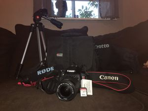 Canon T5i Rebel Bundle [Tripod, Camera Battery, 64 GB SD Card, Rode Microphone, Camera Bag,] *PICKUP ONLY* for Sale in Winthrop, MA