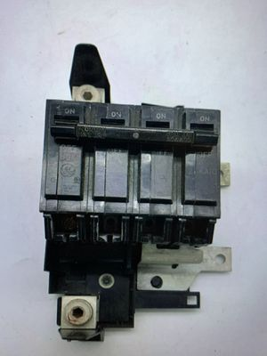 General Electric THQMV150 2 pole circuit breaker for Sale in Perris, CA