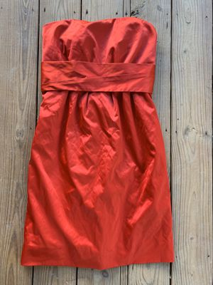Women's cherry Red 🍒 size 10 prom/homecoming/bridesmaid dress . Sassy and sweet strapless NEW York & Co for Sale in Painesville, OH