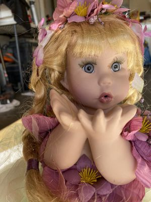Antique Glass Doll for Sale in Moreno Valley, CA