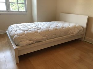 Bed and mattress for sale! for Sale in Pompano Beach, FL