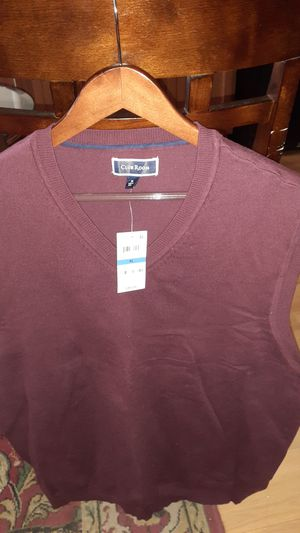 Mens Burgundy Sweater Vest Size XL for Sale in Washington, DC
