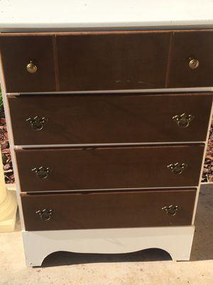 Dresser for Sale in Lakeland, FL
