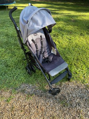 Chicco liteway umbrella stroller for Sale in CT, US