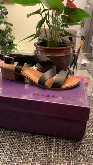 Madden girl sandals for Sale in Lake View Terrace, CA