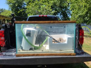 Fish tank with accessories for Sale in Irving, TX